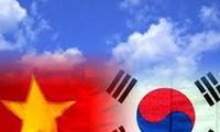促进越韩关系全面发展以与战略伙伴水平相匹配