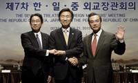 中日韩同意尽快举行三国领导人会议