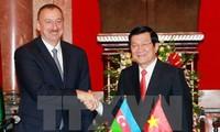 面向合作和发展巩固越南与捷克和阿塞拜疆的关系