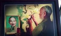 胡志明主席主题摄影展在阿尔及利亚和乌克兰举行