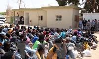 欧盟建议其成员国接收四万名难民