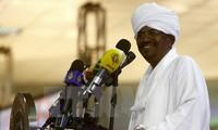 苏丹当选总统宣誓就职