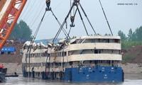 中国停止东方之星号船体内遗体寻找工作