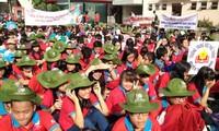 胡志明市举行第十次凤凰花志愿者活动