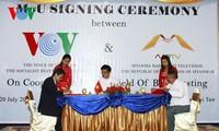越南之声与缅甸和印度同行加强广播电视合作