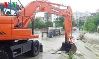 越南各地积极预防和应对洪灾