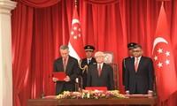 新加坡新政府宣誓就职