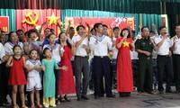长沙岛县举行多项活动  庆祝越共12大召开