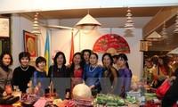 越南参加在乌克兰举行的年度慈善义卖活动