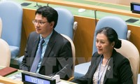 越南呼吁各国履行核裁军的承诺