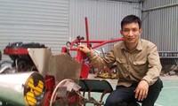研制多功能农业机械服务农民的谢廷辉