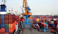 阮春福:外商对越南经济一直持肯定态度