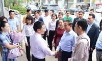 缅甸总统吴温敏参观下龙湾