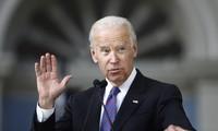 美国前副总统乔·拜登在下届总统竞选民调中领先