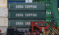 美国和中国相互实施新一轮额外关税