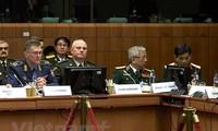 越欧国防安全对话暨欧盟防务司令会议在比利时举行