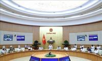 越南政府总理阮春福:不限制把符合条件的海外越南人接回国的航班数量