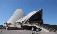 澳大利亚计划允许外国学生、企业家入境