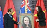 越南愿与新西兰共同推动两国关系迈上新台阶
