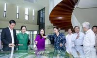 越南国会主席阮氏金银视察巴地头顿省