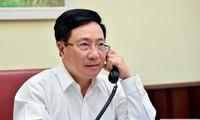 越南政府副总理兼外长范平明与韩国外交部长官康京和通电话