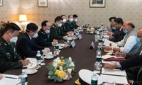 印度与中国采取措施缓和边境紧张局势