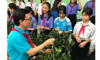 """""""为了越南的绿色洁净和儿童的安全""""活动启动仪式举行"""