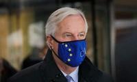 由于谈判成员感染新冠病毒,英国脱欧谈判被推迟