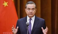 中国外交部部长王毅:中国重视与韩国的关系