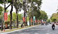 九龙江平原地区少数民族同胞和宗教人士深信越共13大将圆满成功