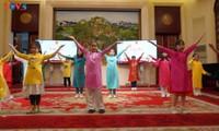 旅居中国、柬埔寨越南人举行社区迎春活动