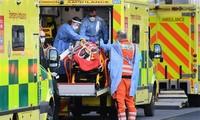 全球新冠肺炎确诊病例超过1.09亿例。英国对来自33个国家的人员进行隔离