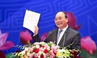 """越南政府总理与企业界和知识分子代表的""""对话2045"""""""