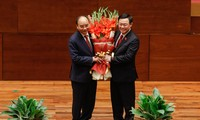越南国会选举阮春福为国家主席