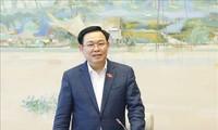 越南国会主席王庭惠在海防市第三选举单位参选第十五届国会代表