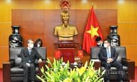 为越南和中国企业的货物进出口活动创造便利条件