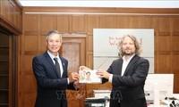 德国首都柏林向越南捐赠3万套快速检测试剂盒