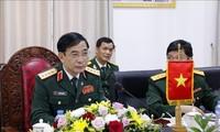 越南国防部长会见俄罗斯国防部副部长