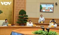 越南政府总理范明政:慎重地重新开放、放宽封锁