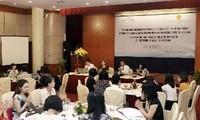 Mendorong dan membela hak wanita dan anak–anak ASEAN