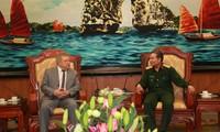 Kerjasama pertahanan merupakan satu bidang penting dalam hubungan Vietnam – Rusia