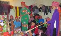 Lagu rakyat Then pergaulan dari orang etnis minoritas Tay di kabupaten Binh Lieu, provinsi Quang Ninh