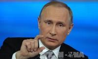 Presiden Vladimir Putin telah menjawab 80 pertanyaan dalam temu pergaulan online yang ke-14 dengan para warga Rusia