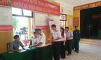 Ada 98,77% jumlah pemilih seluruh negeri yang ikut memberikan suara dalam pemilihan anggota MN Vietnam angkatan ke-14 dan anggota Dewan Rakyat berbagai tingkat masa bakti 2016-2021