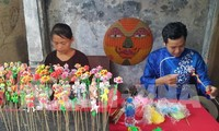 Les fabricants de jouets traditionnels sont à la fête à Hanoi