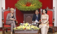 Une délégation du parti allemand Die Linke au Vietnam