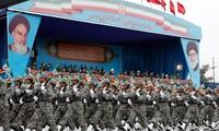 L'Iran menace de mettre le feu aux intérêts de l'Amérique