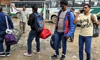 Touristes et pèlerins fuient le Cachemire après des mises en garde du gouvernement