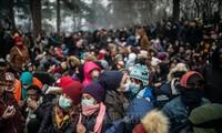 Grèce: 13.000 migrants bloqués à la frontière avec la Turquie