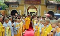 Vietnam ermöglicht Mönchen und buddhistischen Gläubigen, Religion zu folgen